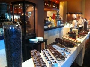 Buffet de chocolates artesanais (Al Qasar)